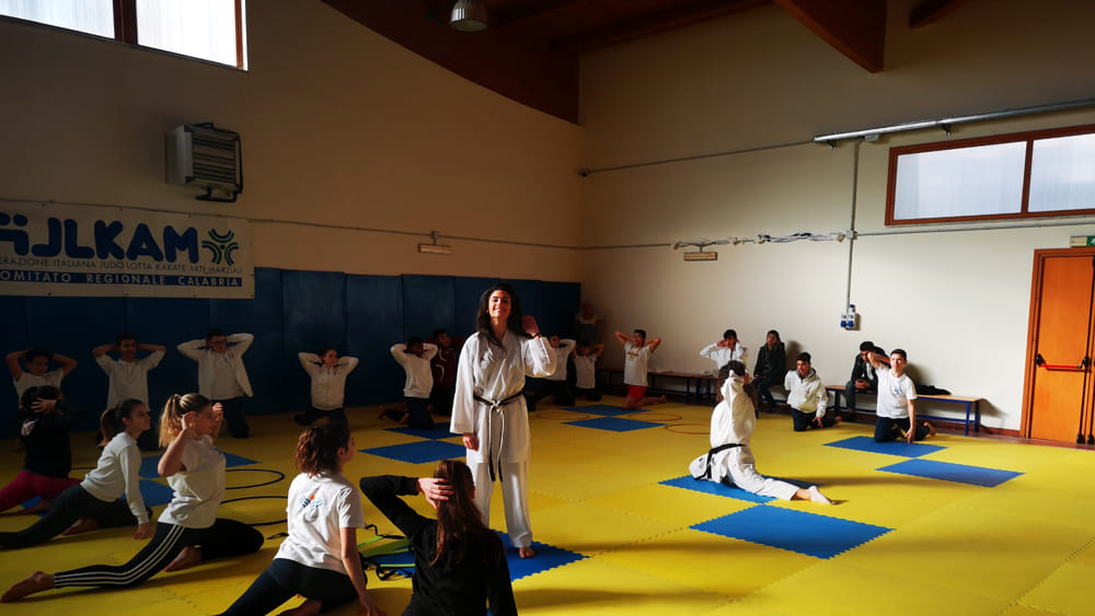 Karate a scuola 2-2-2