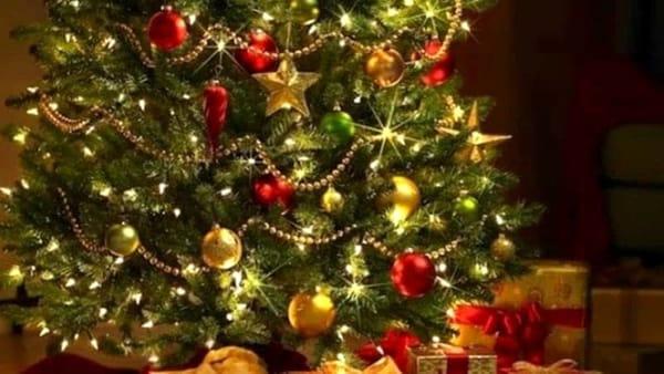 Nel weekend luci e colori illuminano il Natale reggino
