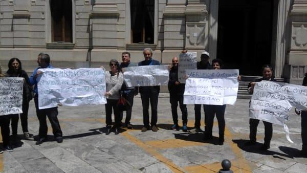 protesta osservatorio disagio abitativo consiglio comunale3-2