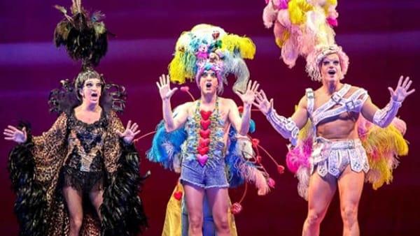 """Musical """"Priscilla la Regina del Deserto"""", in prima assoluta al PalaCalafiore"""