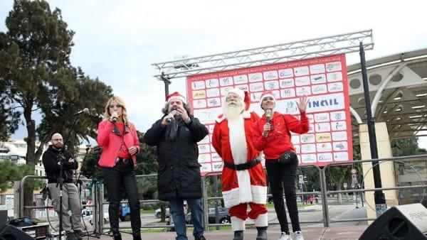 """""""Happy Run for Christmas"""", insieme sul lungomare Falcomatà per regalare un sorriso"""