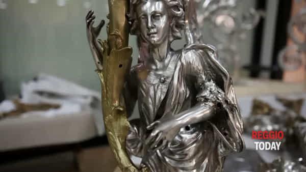 La bellezza riconquistata, continuano i lavori di restauro della Vara: splendore senza fine |VIDEO