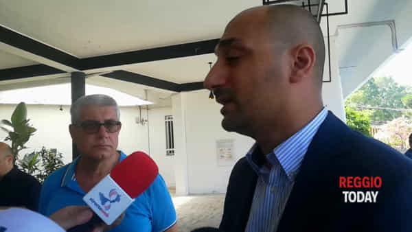 Lido comunale, delusione tra i bagnanti e i consiglieri di minoranza smentiscono il sindaco