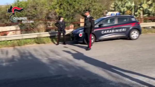 Furto in un appartamento, due arresti dei carabinieri a Campo Calabro | VIDEO